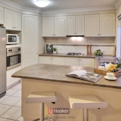 Kitchen_011_Eight_Mile_Plains_regal