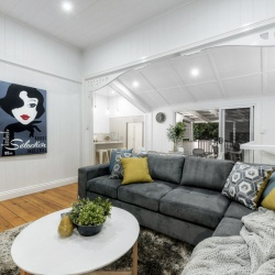 Living_Room_040_Nundah_Killeen