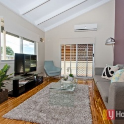 Living_Room_061_Bray_Park_Mitze