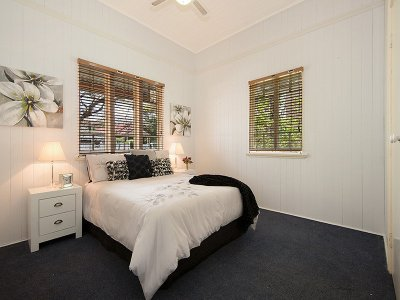 Bedroom_010_Ascot_Lonsdale