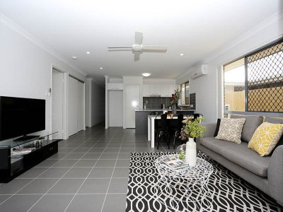 Living_Room_045_Woody_Point_Oxley